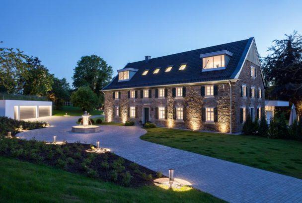 Denkmalgesch tztes wohnhaus im essener s den holle architekten - Architekt holle essen ...